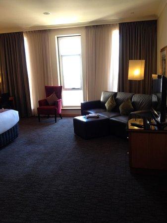 Duxton Hotel: Lounge area