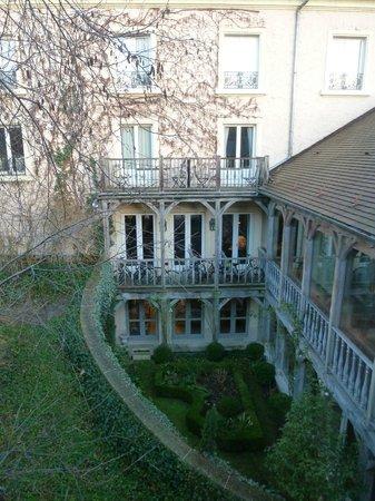 Les Etangs de Corot : L'un des bâtiments de l'hôtel