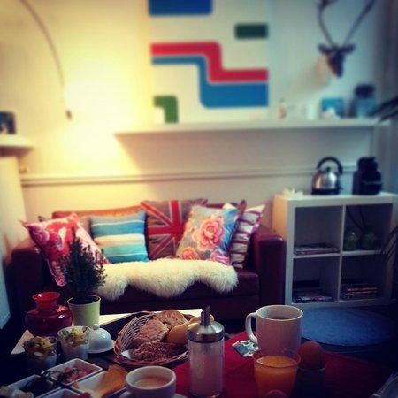 B&B Atelier 20: salon privé, petit dejeuner