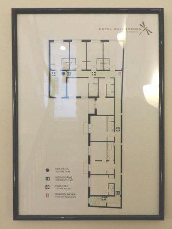 Bertrams Guldsmeden - Copenhagen: plan of 4th floor showing miniscule bathrooms