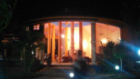 Lotus Inn : Restaurant