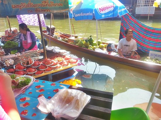 Bangkok Walking Adventures - Day Tours: A genuine floating market (no tourist trap) is part of  our Samut Songkhram day trip.