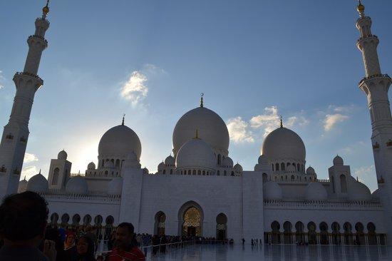 Scheich-Zayid-Moschee: Grande Moschea Sheikh Zayed
