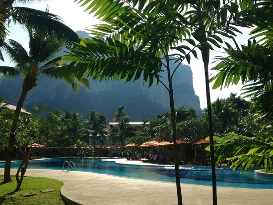 Aonang Villa Resort: Main pool