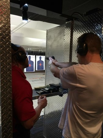 Lock & Load Miami: handgun tuition
