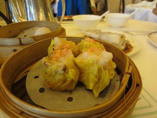 Maxim's Palace Chinese Restaurant : Prawn Siew Mai
