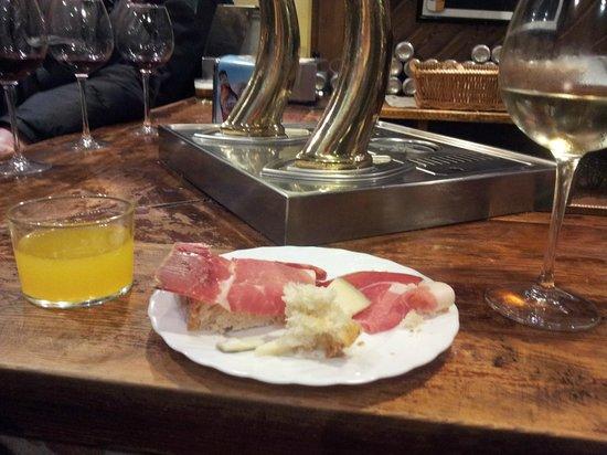 Bar jamon Jamon: Tapa
