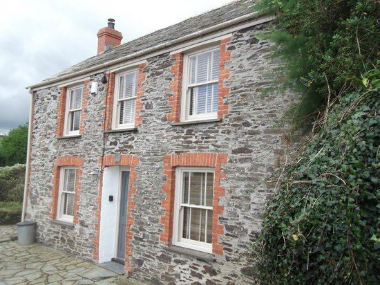 Doc Martin S House Picture Of Port Isaac Cornwall