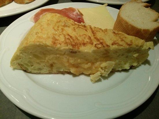 Hotel Sauce: Tortilla de Pili