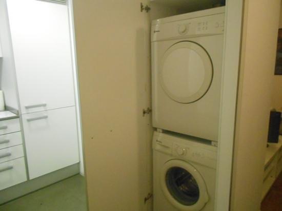 Inside Barcelona Apartments Sants: Add a caption