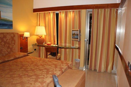 Acacia Resort Parco dei Leoni : pokój