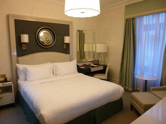 Hotel Bristol, a Luxury Collection Hotel, Warsaw: Bett