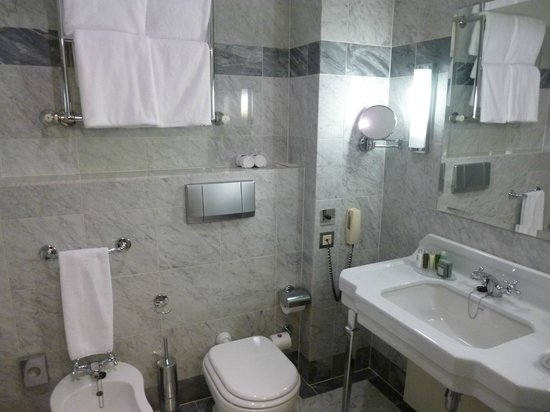 Hotel Bristol, a Luxury Collection Hotel, Warsaw: Bad