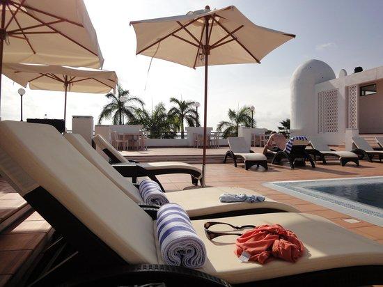 Hotel Slipway : Poolområdet