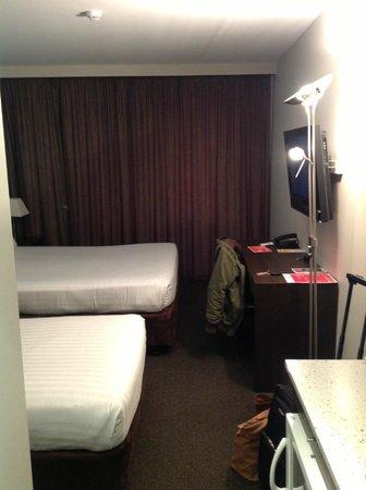 Travelodge Hotel Hobart: Room