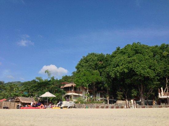 Acuaverde Beach Resort : Wide shot of resort