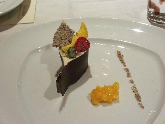 Hotel Alpin Spa Tuxerhof : Kunstvolles Dessert