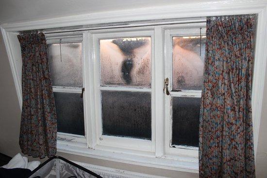 Lancaster Court Hotel: Fenster