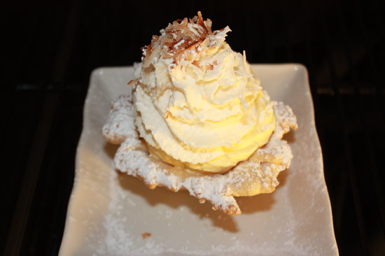 Ciao Wood Fired Pizza and Trattoria: Housemade Coconut Cream pie....the BEST ever