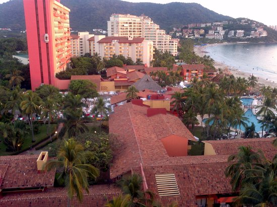Emporio Ixtapa: view from room on 10th floor