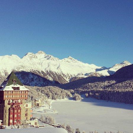 Hotel Schweizerhof: View from upper-deck terrace