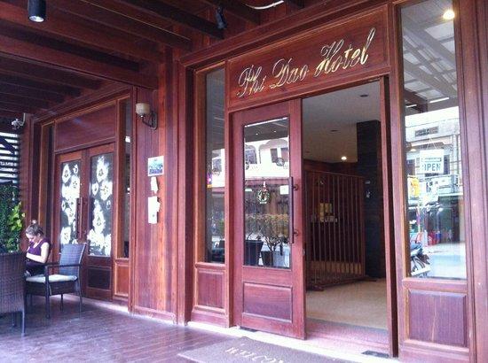 Phi Dao Hotel: entrance