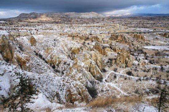 Kayakapi Premium Caves - Cappadocia: View of the valley across the hotel
