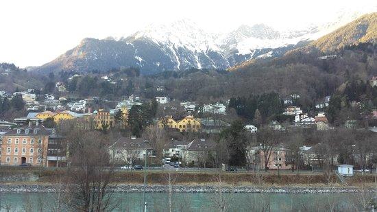Austria Trend Hotel Congress Innsbruck : la vista dalla camera