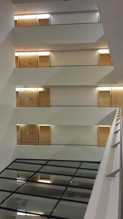 Austria Trend Hotel Congress Innsbruck : dettaglio dei corridoi