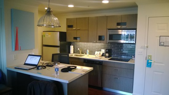 HYATT house San Diego/Sorrento Mesa: Kitchen included