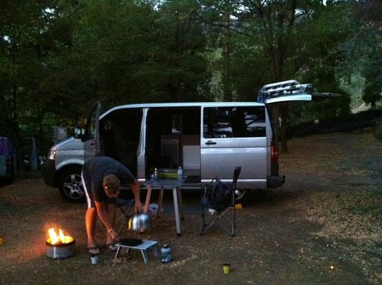 Camping San Michele : Plenty of space for al fresco dining