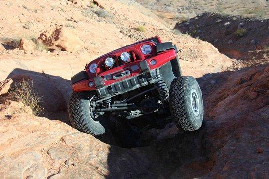 Las Vegas Rock Crawlers : Logandale Trail