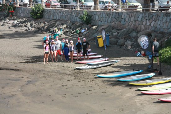 E7 Pantai Surf y Centro de Stand Up Paddle