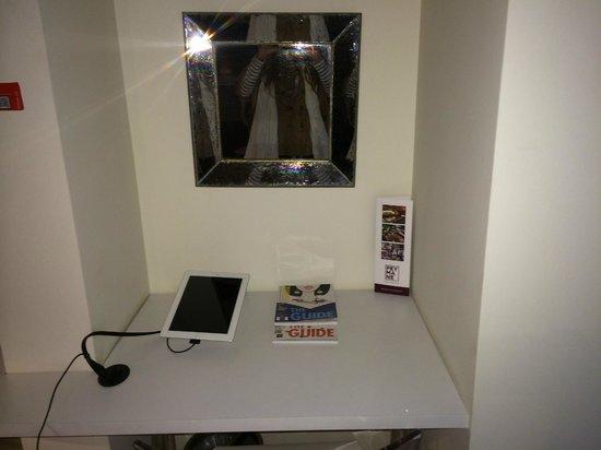 Nuru Ziya Suites: iPad!
