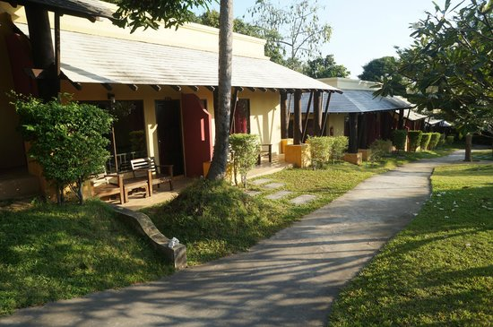 Mayaburi Boutique Resort: chambre tr