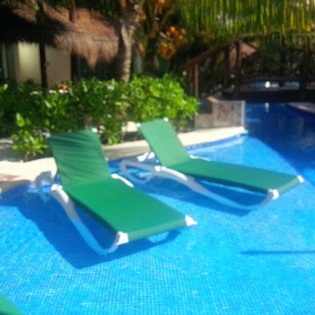 El Dorado Royale, by Karisma: Casita Swim-Up