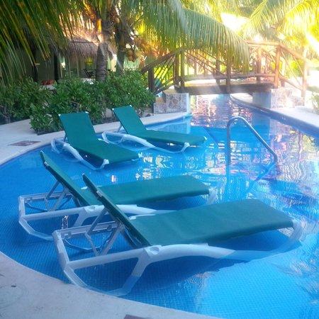 El Dorado Royale, by Karisma: Casita Swim-Up to Lazy River