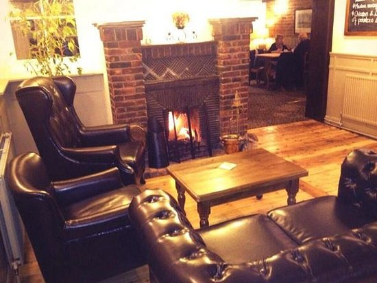 White lion pub: Nice warm fire