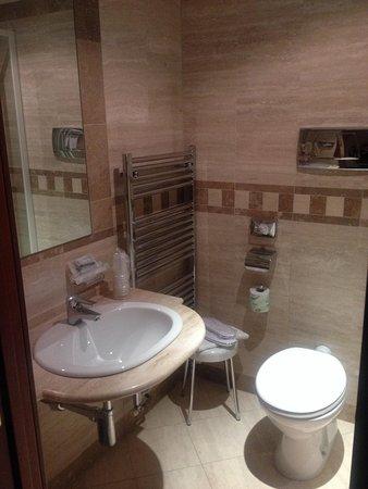 Bagno Ottimo Il Set Di Cortesia Picture Of Hotel Carlton Pescara Tripadvisor