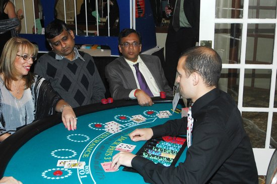 Woodlake Country Club: Casino Night
