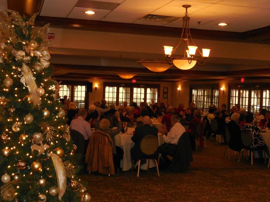 Woodlake Country Club: Holiday Party