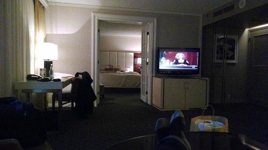 Hotel Omni Mont-Royal : Junior Suite / King Bed