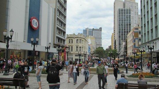 The Flowers Street : Centro de Curitiba