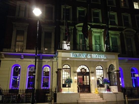 Millennium Bailey's Hotel London Kensington: Taken from the forecourt of Gloucester Road tube station.