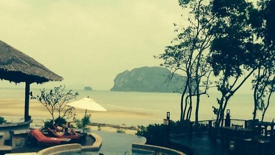 Koh Yao Yai Village : Pool and View