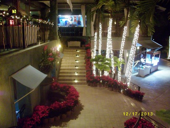 Couples Negril : decorated for christmas