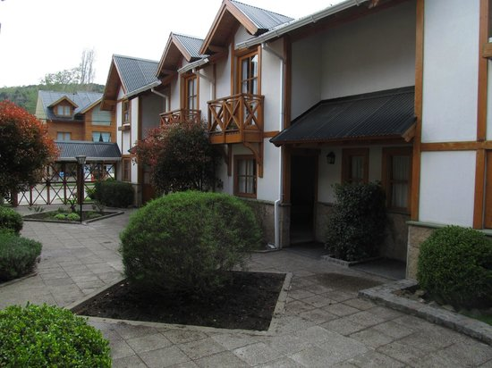 My friends Aparthotel: Hotel y alrededores