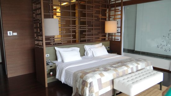 Cape Nidhra: Spacious and comfortable bedroom