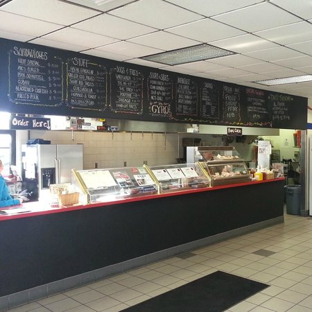 Andrae's Kitchen : Not your typical Gas Station!