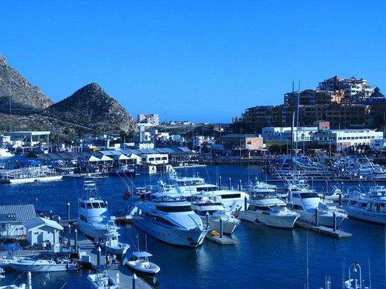 Tesoro Los Cabos: View from 3rd floor of Wyndham Cabo.